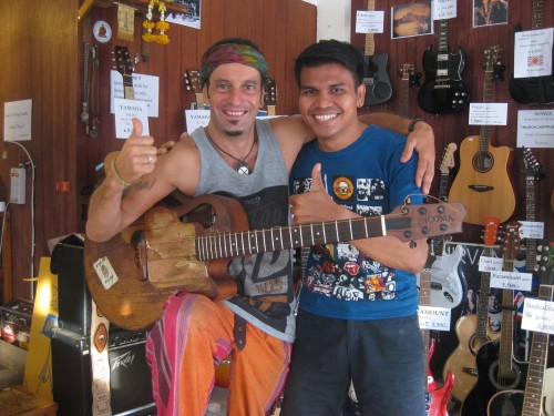 Peyoti and My Son Guitar Shop! Thailand
